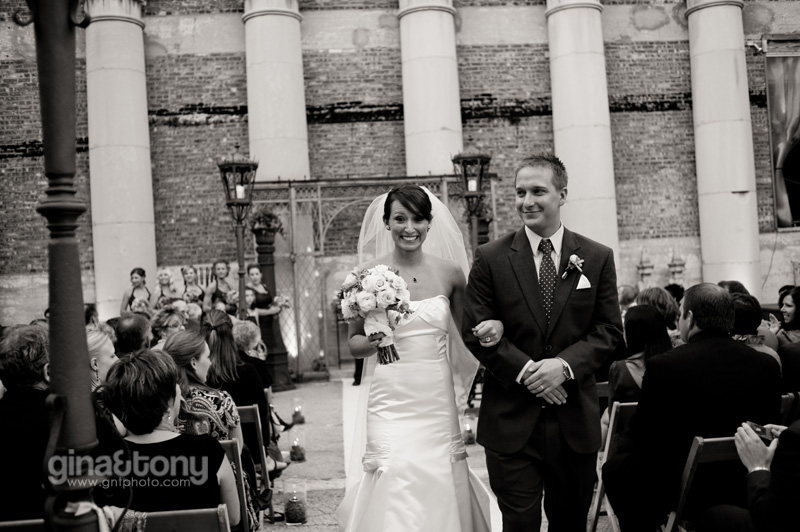 chicago wedding photographers, chicago engagement photographers, architectural artifacts wedding
