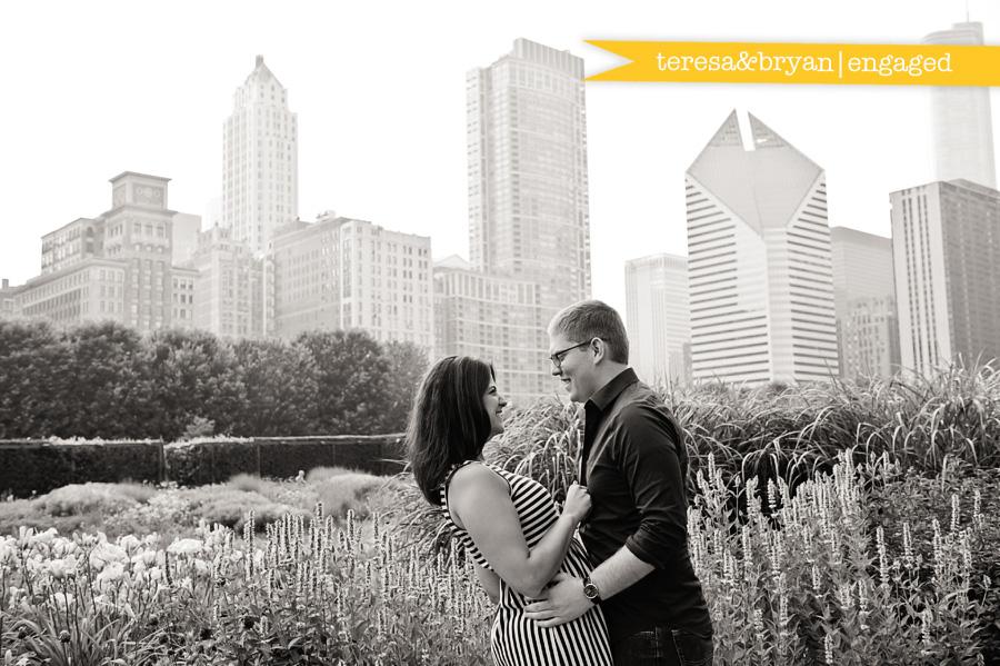 chicago engagement photographers, millennium park engagement session, chicago loop engagement session